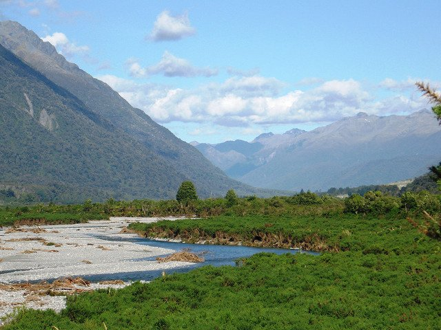 See the Southern Alps aboard the TranzAlpine